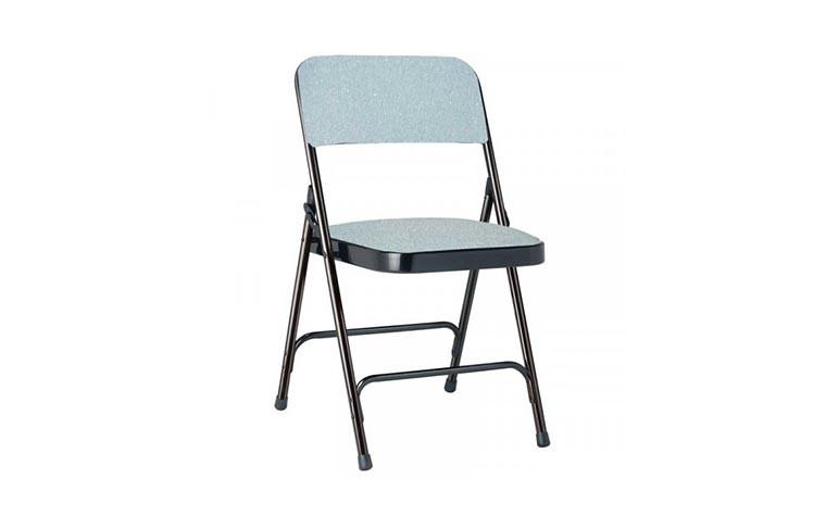 Chaise plastique & acier